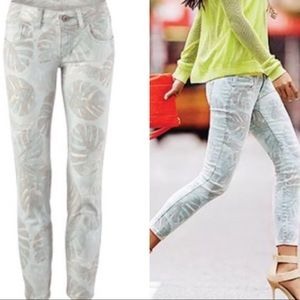 CAbi Paradise Cropped Super Skinny Jeans
